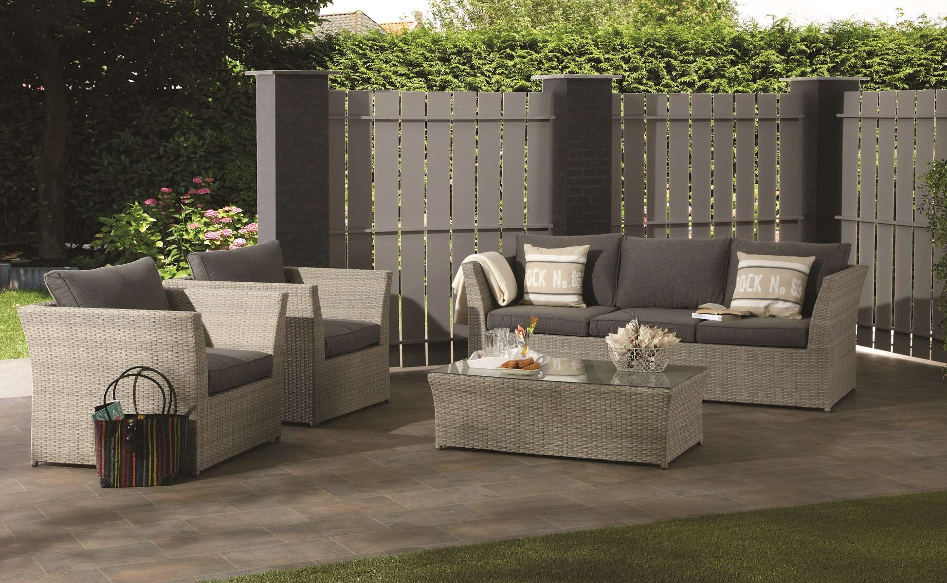 gartenlounge rattan braun. Black Bedroom Furniture Sets. Home Design Ideas